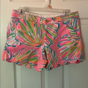 Like new Lilly Pulitzer printed Buttercup Shorts